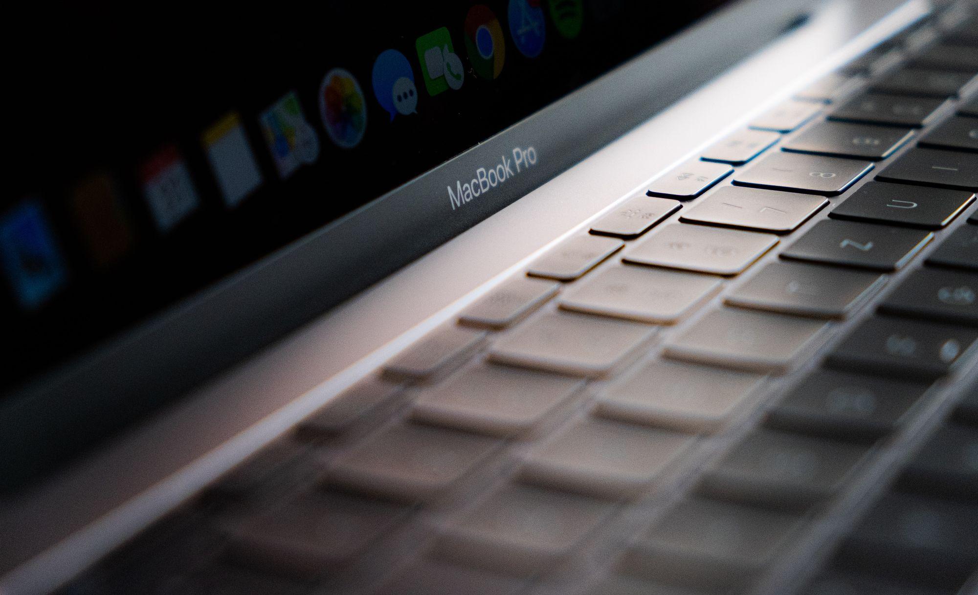 Apple Macbook Pro e iMac 27 polegadas