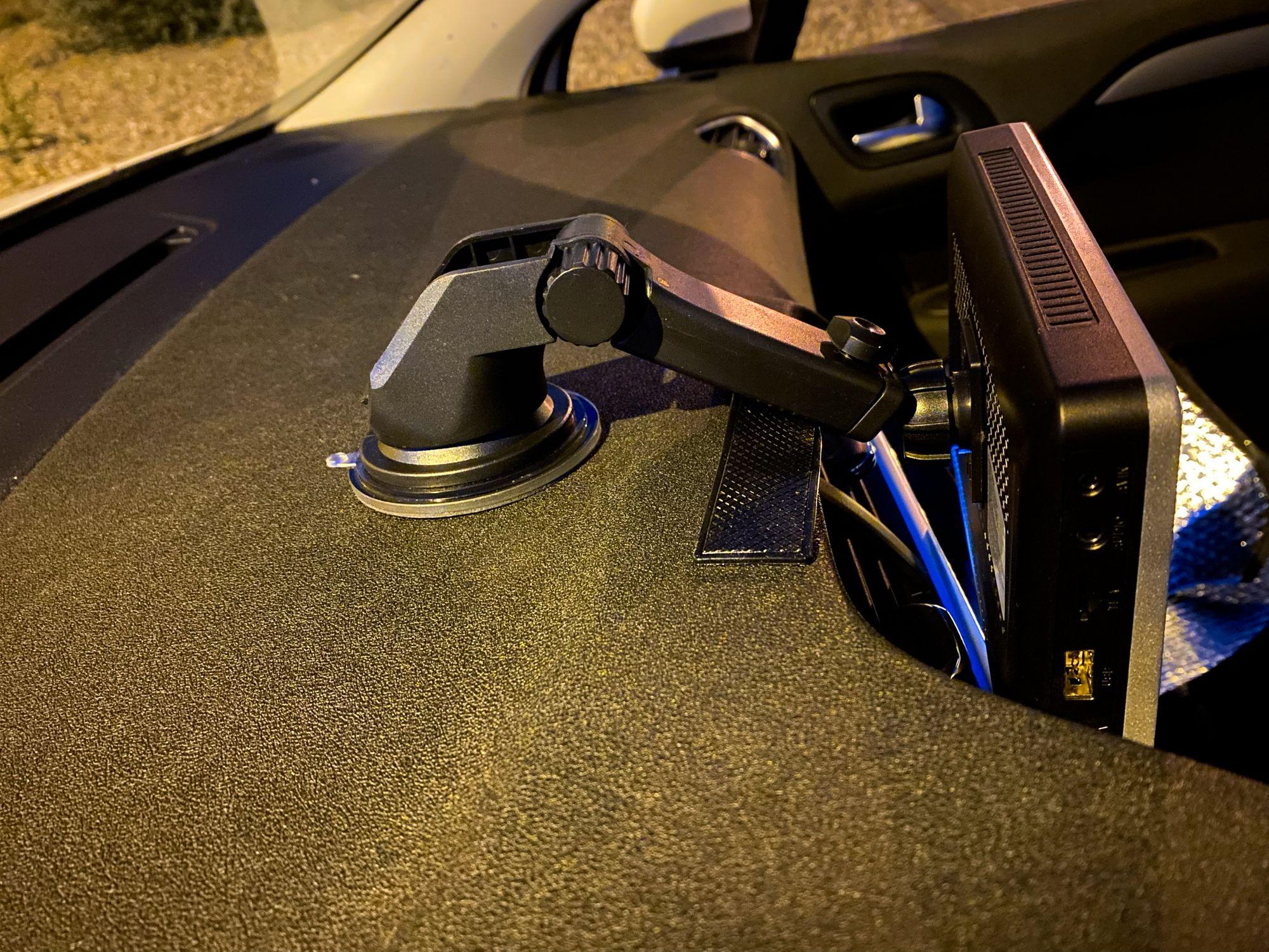Braço de suporte do Coral Vision CarPlay