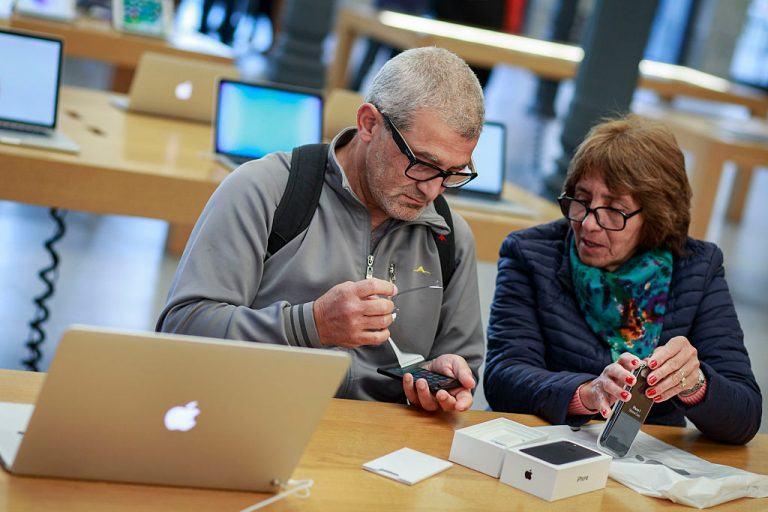 Produtos Apple numa população mais idosa. | Fonte: Showbiz CheatSheet